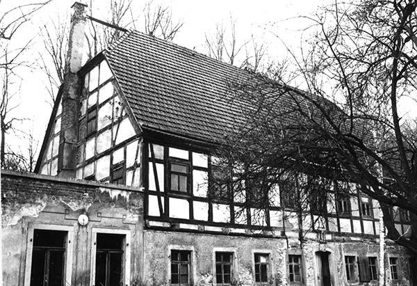 Hauptgebäude 1985