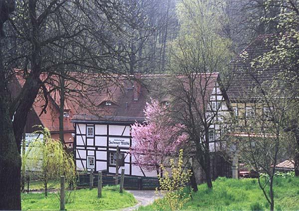 Zschoner Mühle – Blick auf das Gesindehaus