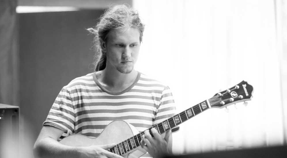 Sebastian Hackel – Solo