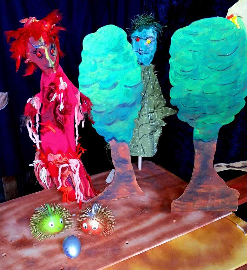 Das magische Ei - Mondstein-Puppentheater